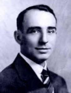 Edmond Hamilton (21. oktober 1904 – 1. februar 1977)