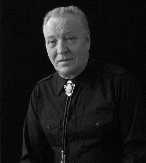 Brian Lumley (født 2. december 1937)