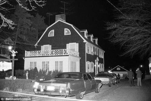 Mordhuset i Amityville, Long Island