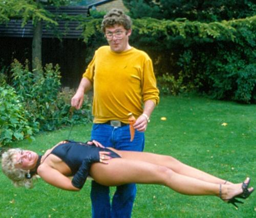 C astella med sekretær på Aller Specialblade1989