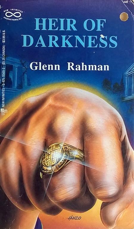 Paperback, New Infinities 1989. Forsiden er tegnet af Hanzo, der var en aktiv illustrator i 80'ernes amerikanske RPG-miljø