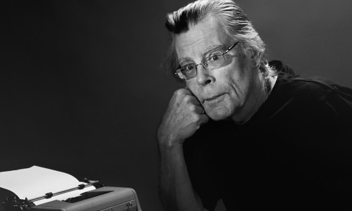 En aldrende Stephen Edwin King (født 21. september 1947)