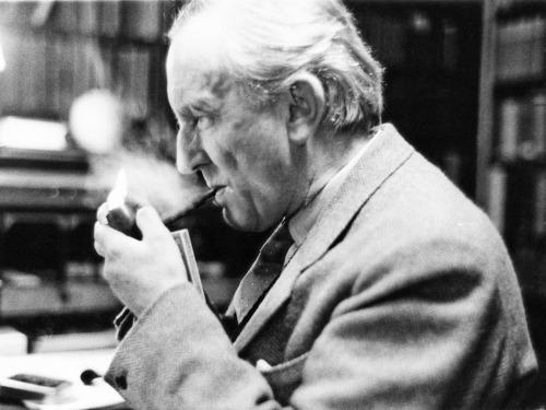 John Ronald Reuel Tolkien (3. januar 1892 – 2. september 1973)