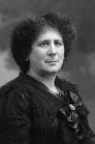 Marie Adelaide Belloc Lowndes (5. august 1868 – 14. november 1947)