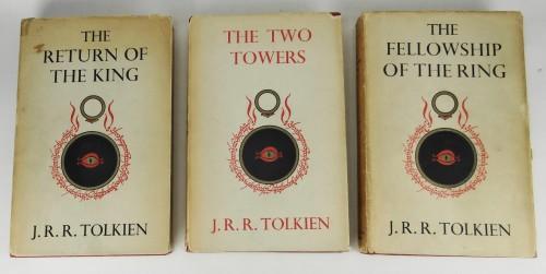 Hardcover, George Allen & Unwin 1954. Romanens 1. udg.
