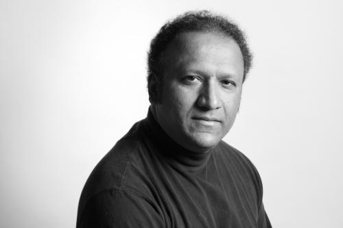 Sunand Tryambak Joshi (født 22. juni 1958)
