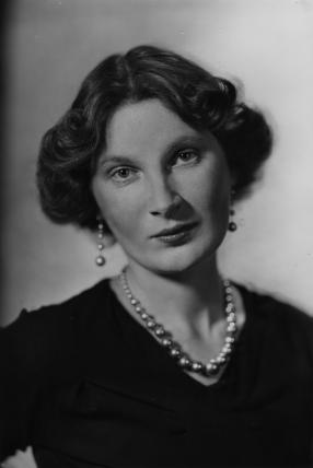 Marjorie Bowen (1. november 1885 – 23. december 1952)